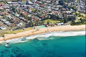 Thirroul Beach, Australia